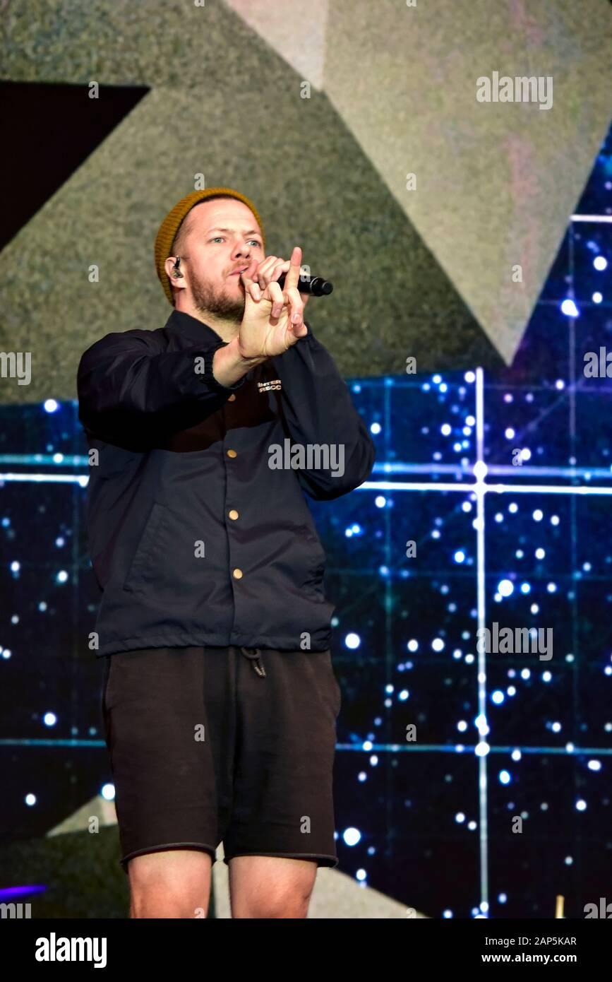 Imaginez le chanteur Dragons, Dan Reynolds, sur scène à Bottlerock 2019 Banque D'Images
