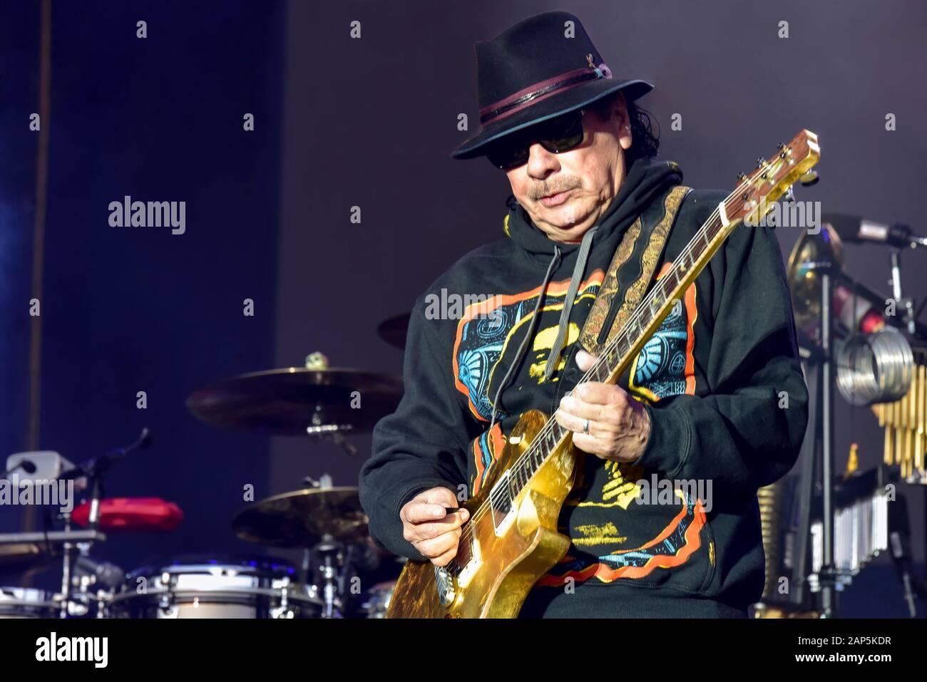 Carlos Santana sur scène à l'Bottlerock Festival, Napa, Californie,USA Banque D'Images