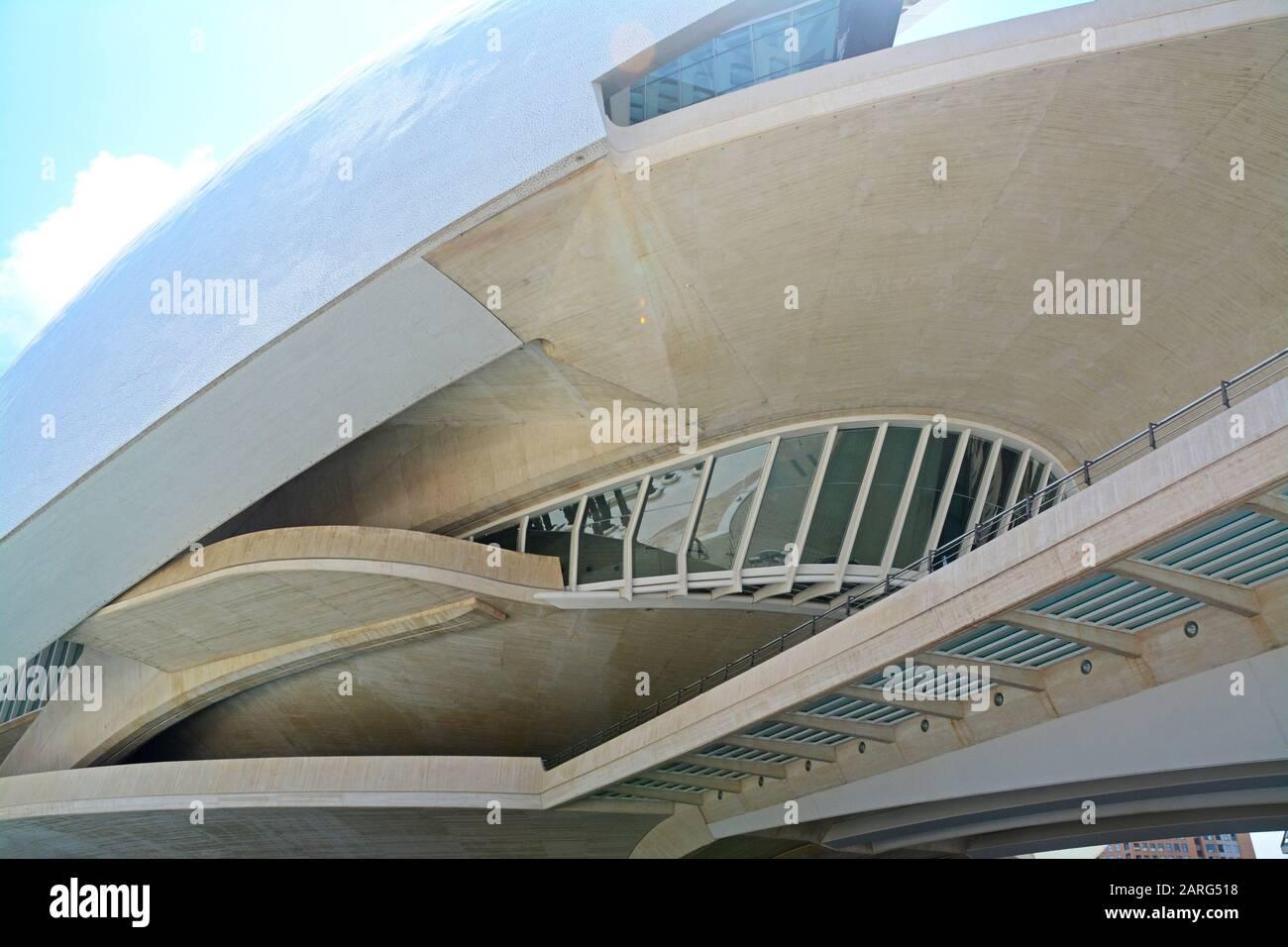 Palau de les Arts Reina Sofia. Détails. Ciudad de las Artes y las Ciencias, un complexe architectural, culturel et de divertissement conçu par Santiago Banque D'Images
