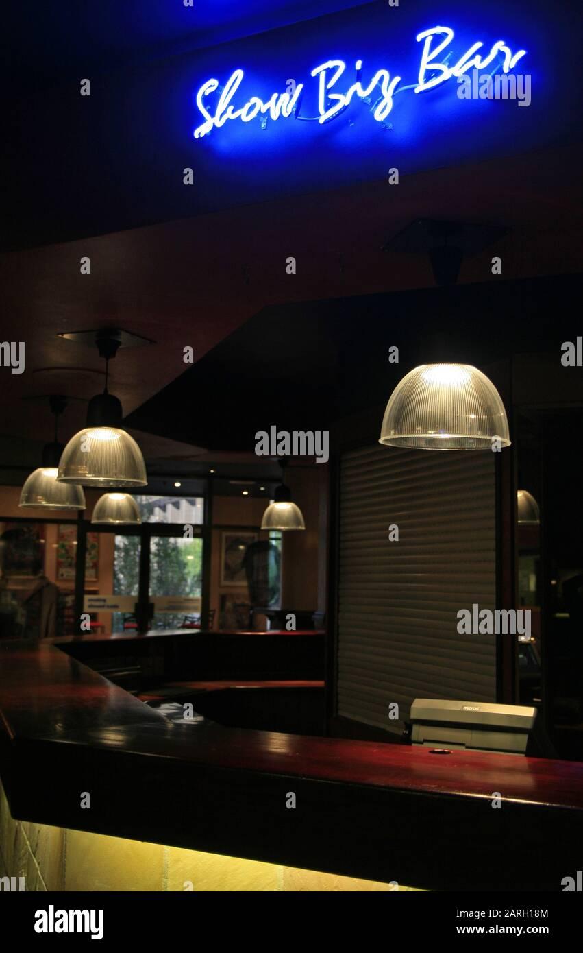 Le Show Biz Bar À L'Intérieur Du Théâtre Joburg, Braamfontein, Johannesburg, Gauteng, Afrique Du Sud. Banque D'Images