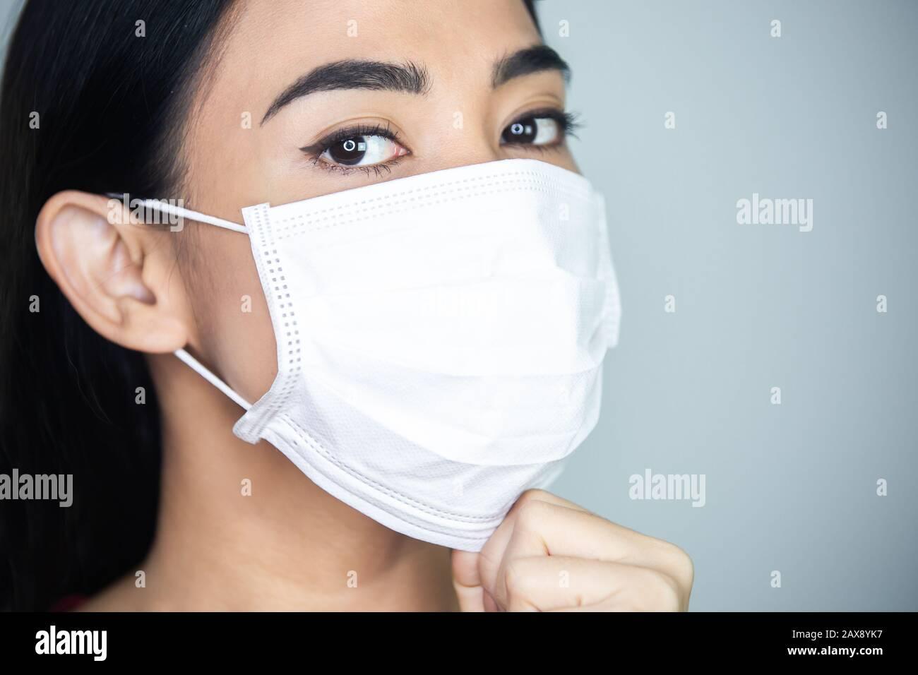 masque medical jetable virus