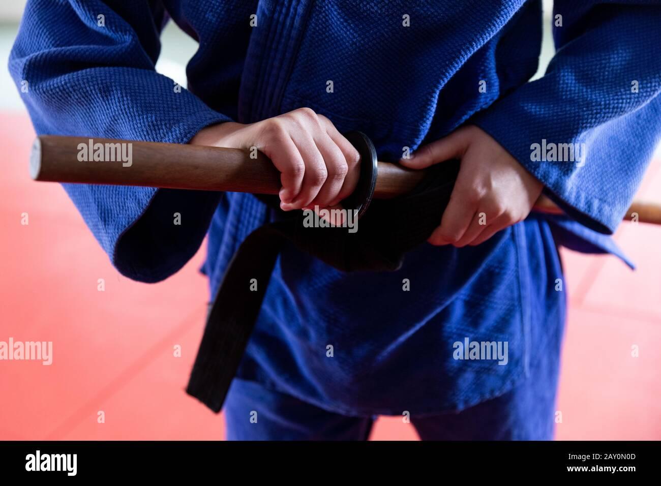 Vue rapprochée de la judoka avec sabre Banque D'Images