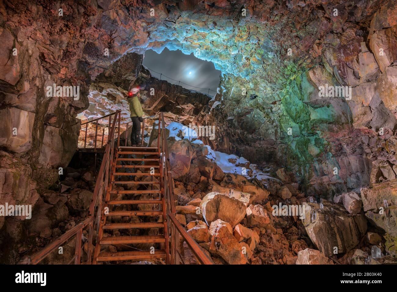Tunnel Raufarholshellir Lava, Islande. L'un des tubes de lave les plus longs est à courte distance de Reykjavik, Islande Banque D'Images