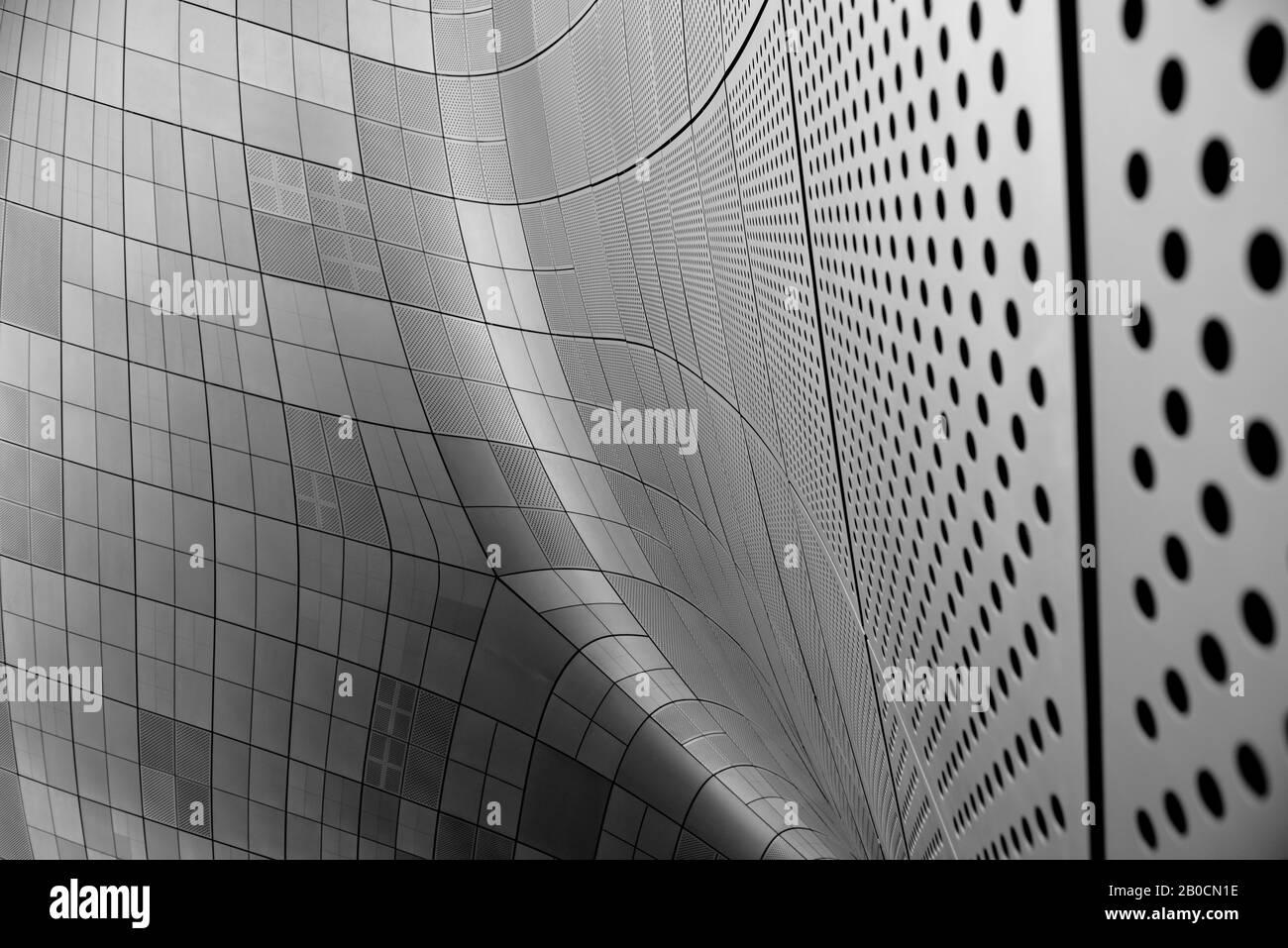 Courbure, courbure, acier, futuriste, motifs, métallique, grille, abstrait Banque D'Images