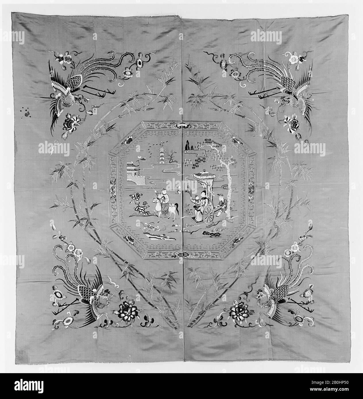 Couverture de quilt, Chine, dynastie Qing (1644–1911), Date CA. 1900, Chine, satin brodé avec soie, soie enveloppée d'or, 63 1/4 x 62 po. (160,66 x 157,48 cm), textiles brodés Banque D'Images