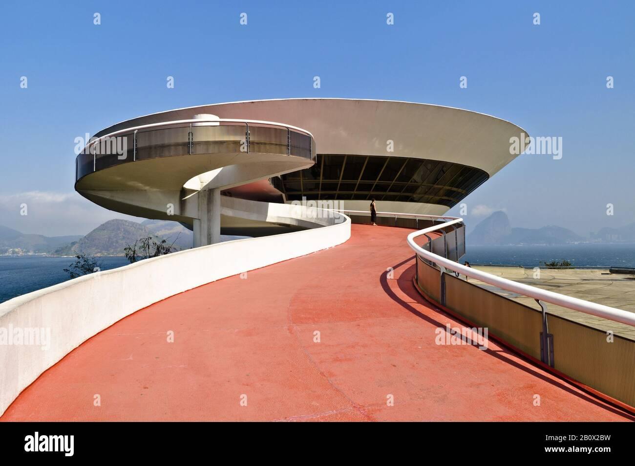 Musée D'Art Moderne, construit par Oscar Niemeyer, Nitreoi, Brésil, Banque D'Images