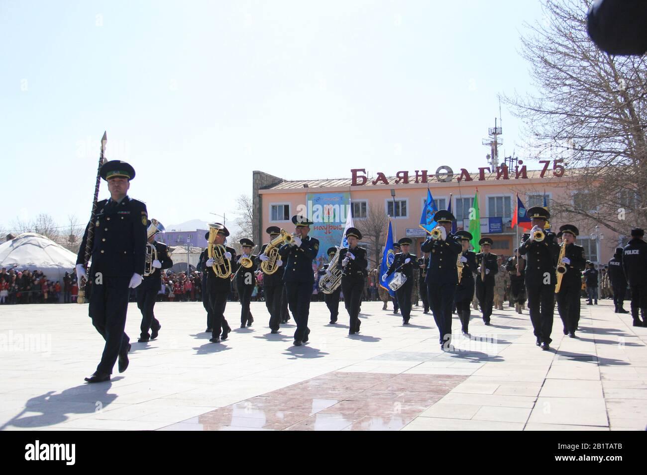 Fête de Nauryz dans la province de Bayan Ulgii en Mongolie occidentale. Le festival traditionnel des nomades kazakh Banque D'Images