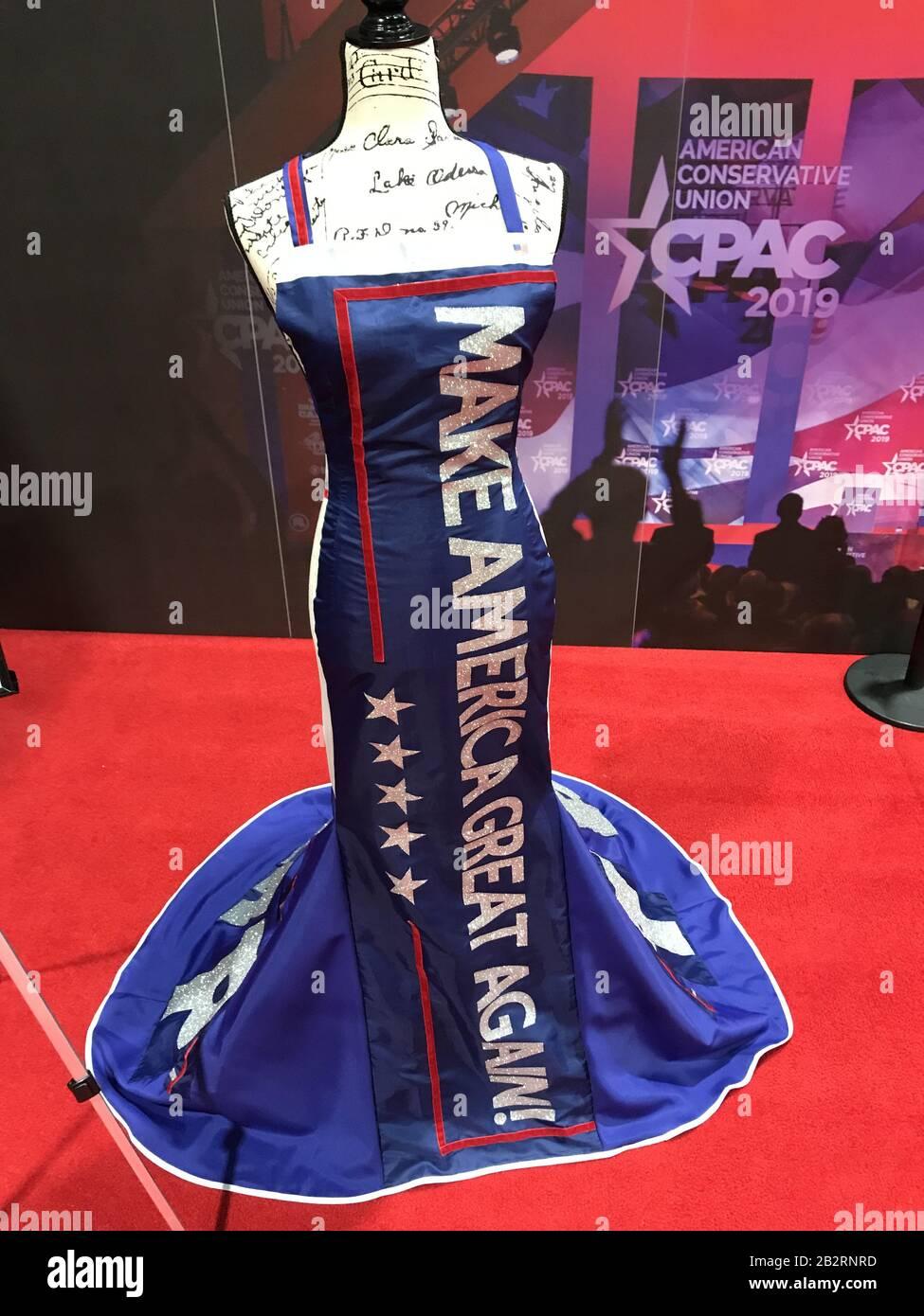 Oxon Hill, Md, États-Unis. 28 février 2020. 28 février 2020, Oxon Hill, Md, États-Unis : la marchandise et les souvenirs politiques sont disponibles à la Conférence d'action politique conservatrice (CPAC) à National Harbour, Maryland, États-Unis, le vendredi 28 février 2020. Le président Trump s'adressera cette année au CPAC après avoir traité du coronavirus et de la manière dont les États-Unis prévoient de l'empêcher de se propager. Crédit: Alex Wroblewski /CNP.(RESTRICTION: Pas de journaux ou journaux New York ou New Jersey dans un rayon de 120 milles de New York City) crédit: Matthias Oesterle/ZUMA Wire/Alay Live News Banque D'Images