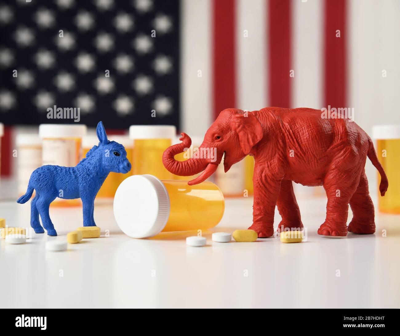 Un âne bleu en tant que démocrate et un éléphant rouge en tant que républicain sont contre un drapeau américain avec des bouteilles de pilule d'ordonnance pour un concept de coût médical Banque D'Images