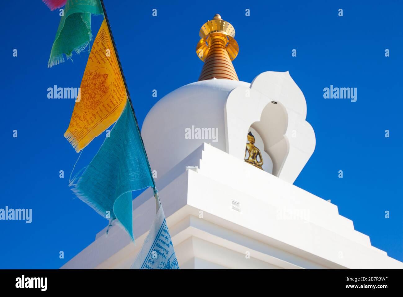 Benalmádena Stupa. Stupa d'Iluminacion à Benalmadena, Malaga, Espagne. Banque D'Images