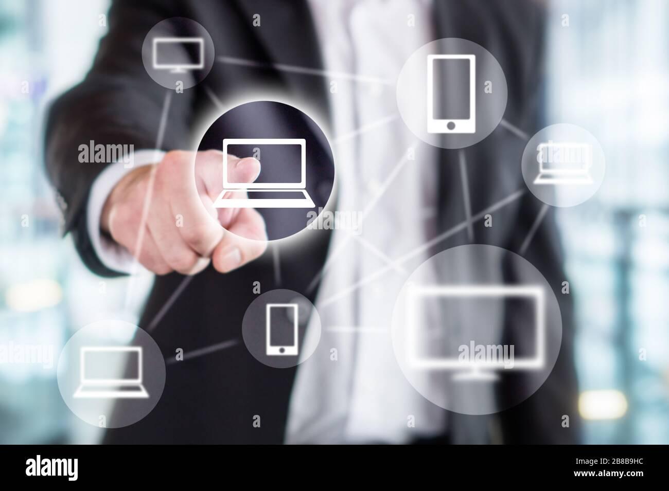 Technologie de l'information mondiale, réseau en ligne sans fil, marketing viral, partage sur les médias sociaux, Internet des objets et concept de blockchain. Banque D'Images