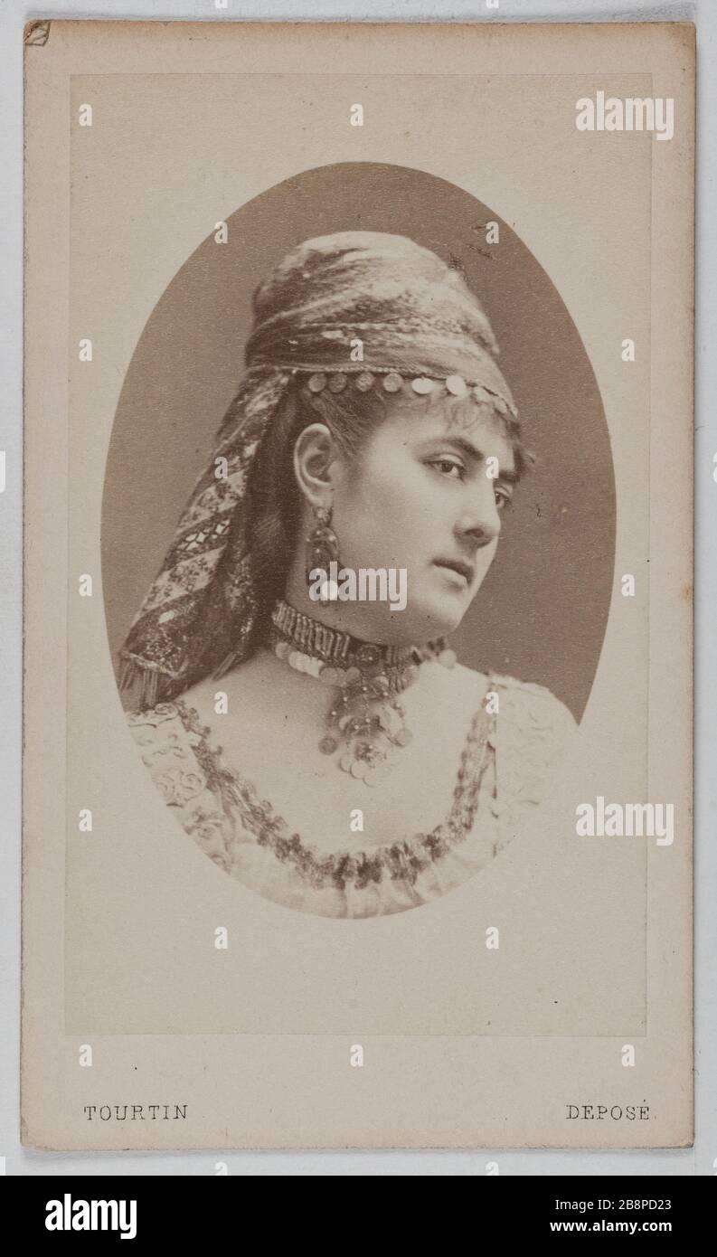 Portrait de Delphine Lissy ou Lizy (actrice) Portrait de Delphine de Lissy ou Lizy, actrice. 1860-1890. Carte de visite (recto). Rage sur papier alluminé. Photo de Joseph Tourtin (né en 1825). Paris, musée Carnavalet. Banque D'Images