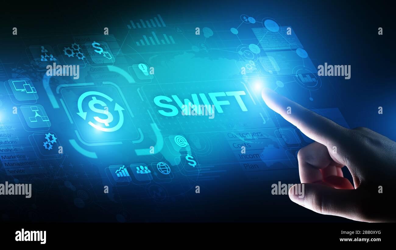 Système international de paiement rapide de la technologie financière et bancaire concept de transfert d'argent sur un écran virtuel Banque D'Images