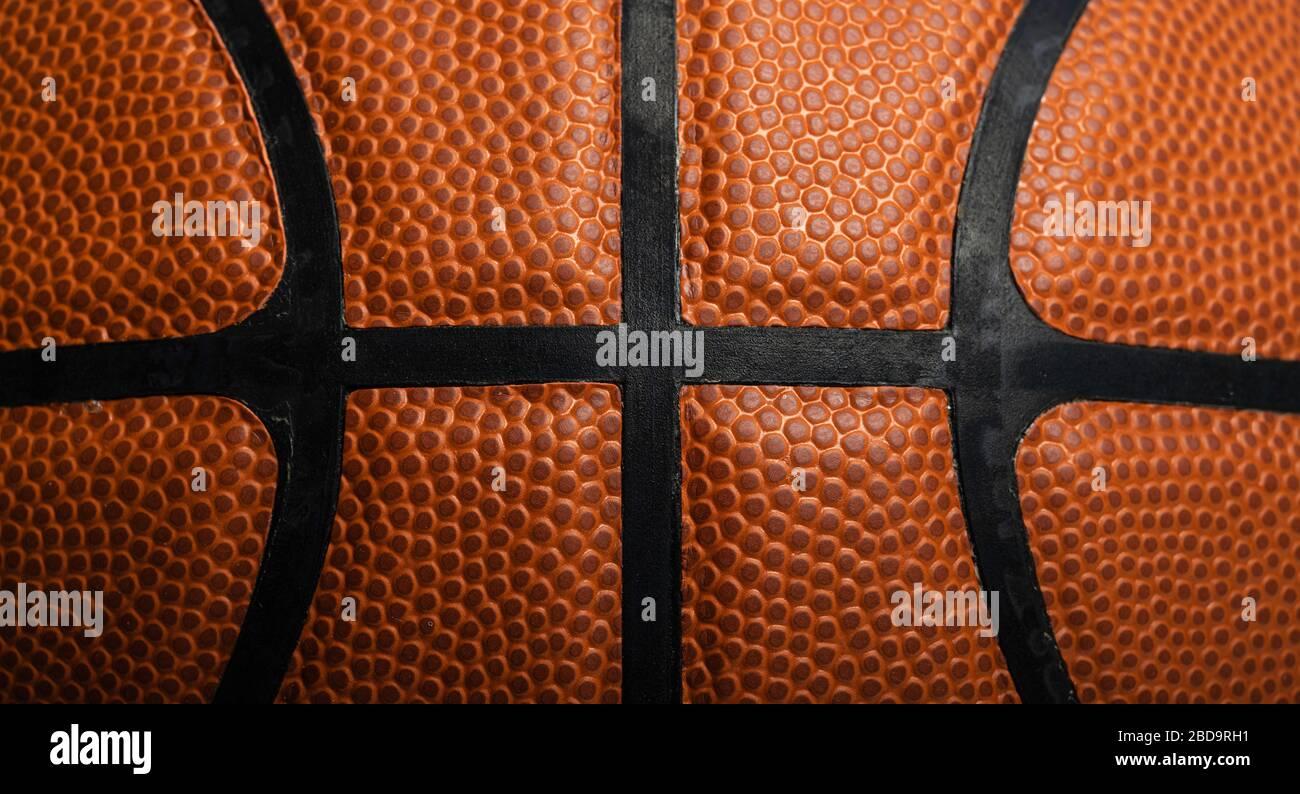 Gros plan d'un basket-ball en cuir blanc Banque D'Images