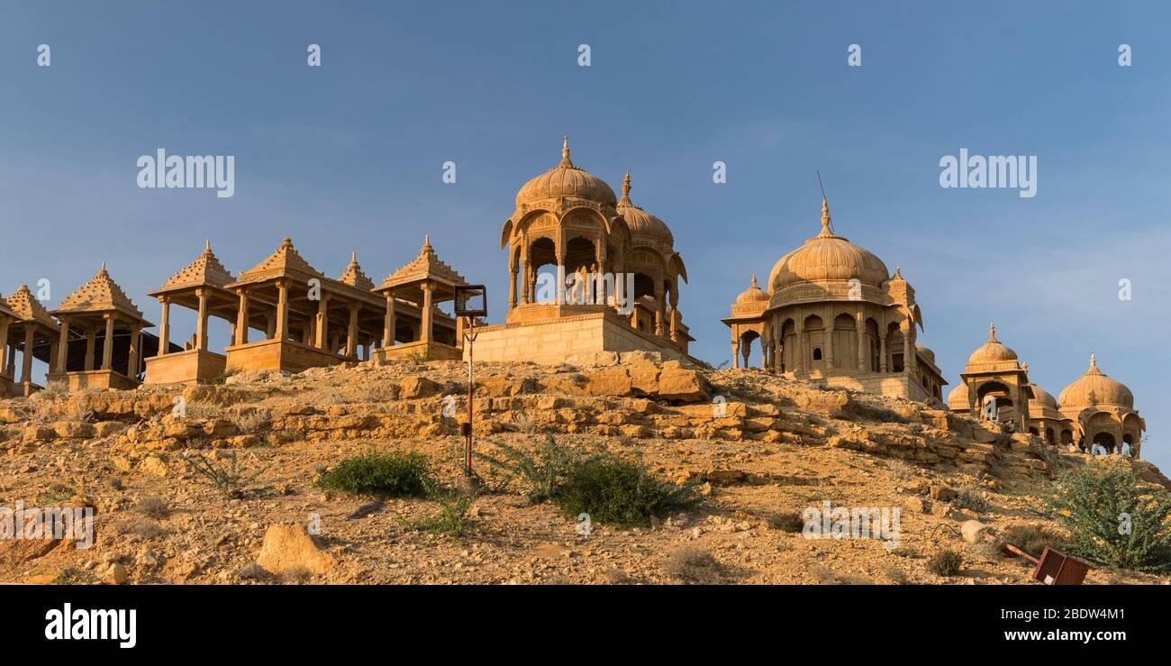 Vyas Chhatri cenographiques Sunset point Jaisalmer Rajasthan Inde Banque D'Images