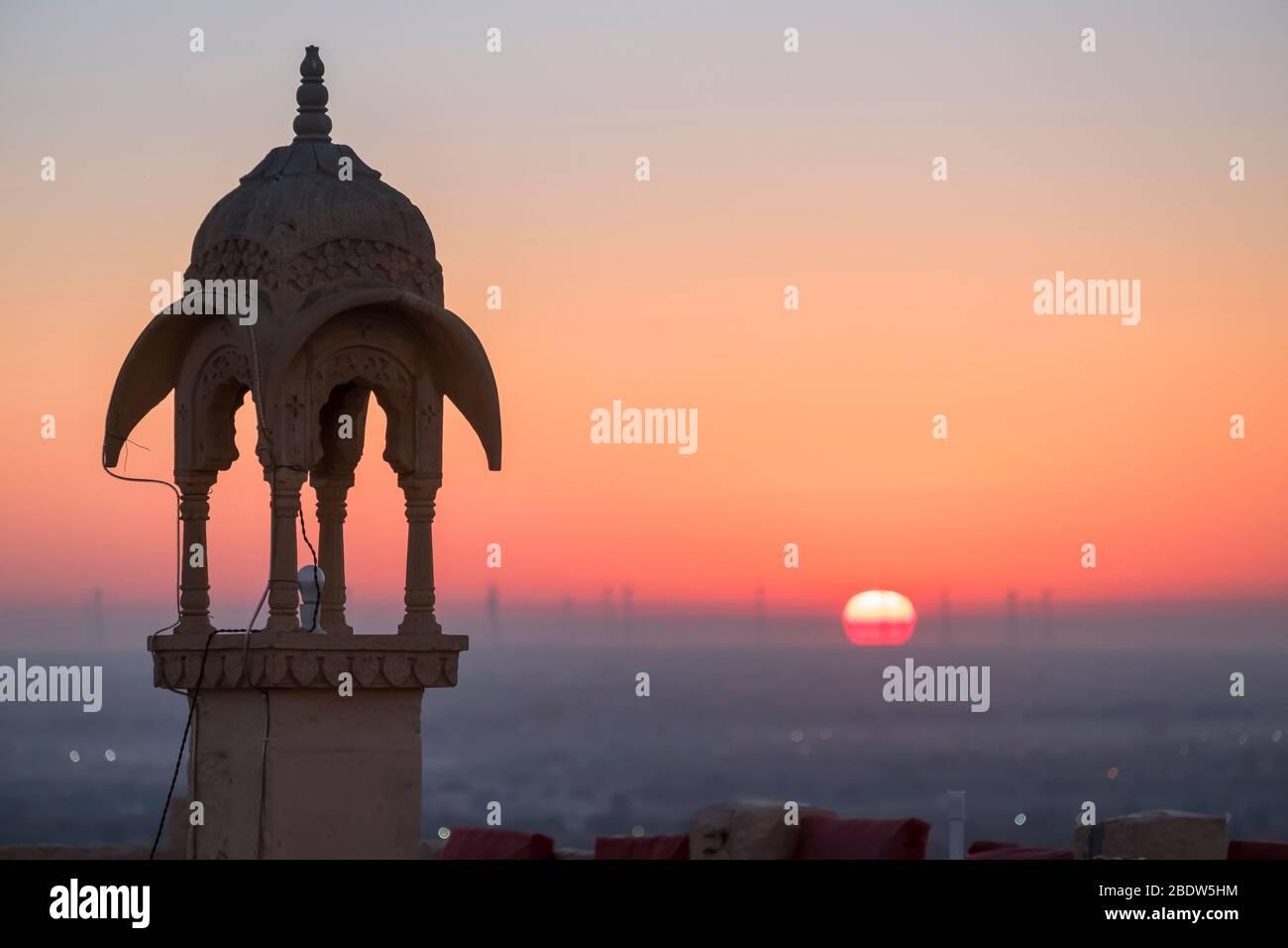 Vue sur le lever du soleil depuis Jaisalmer fort Rajasthan Inde Banque D'Images