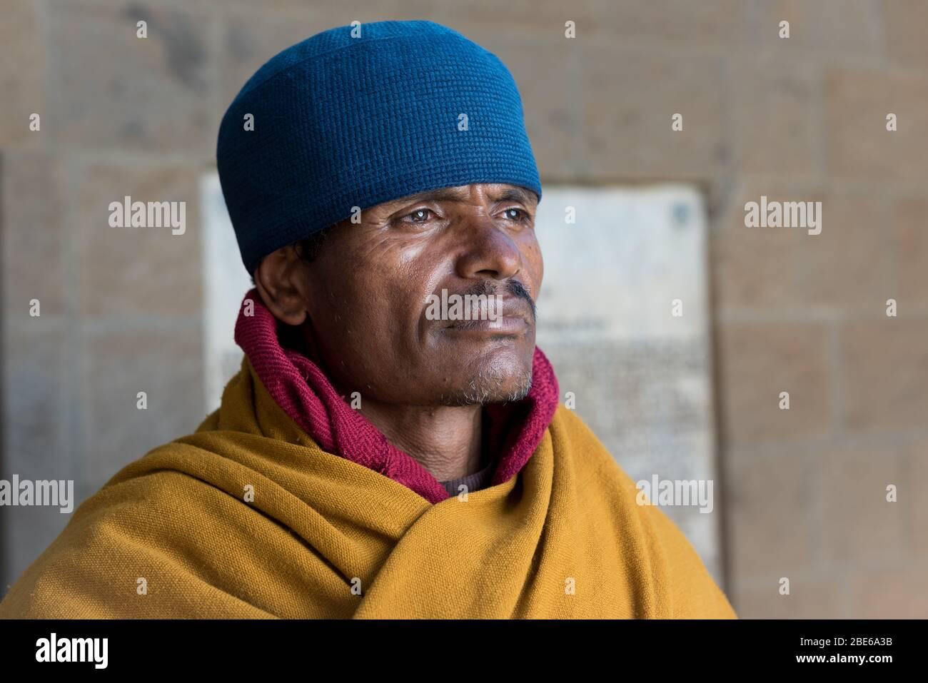 ABA Habteghiorgis moine de la tête du monastère, une église orthodoxe éthiopienne Tewahedo moine, Debre Libanose Monastère, Ethiopie, Afrique. Banque D'Images