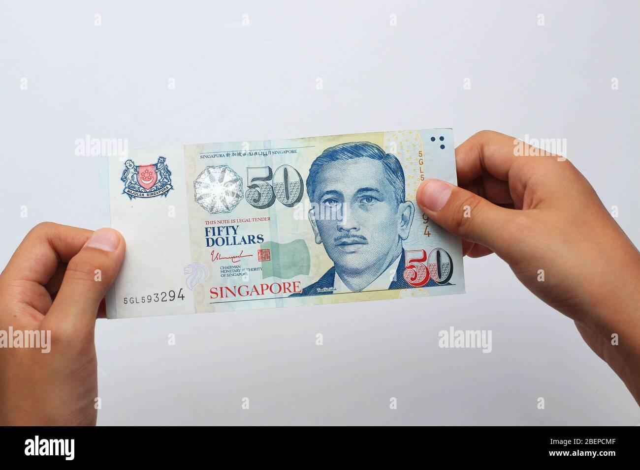 PHOTO DE LA BOURSE : cinquante dollars Singapouriens, billet de 50 $ en monnaie Singapourienne Banque D'Images