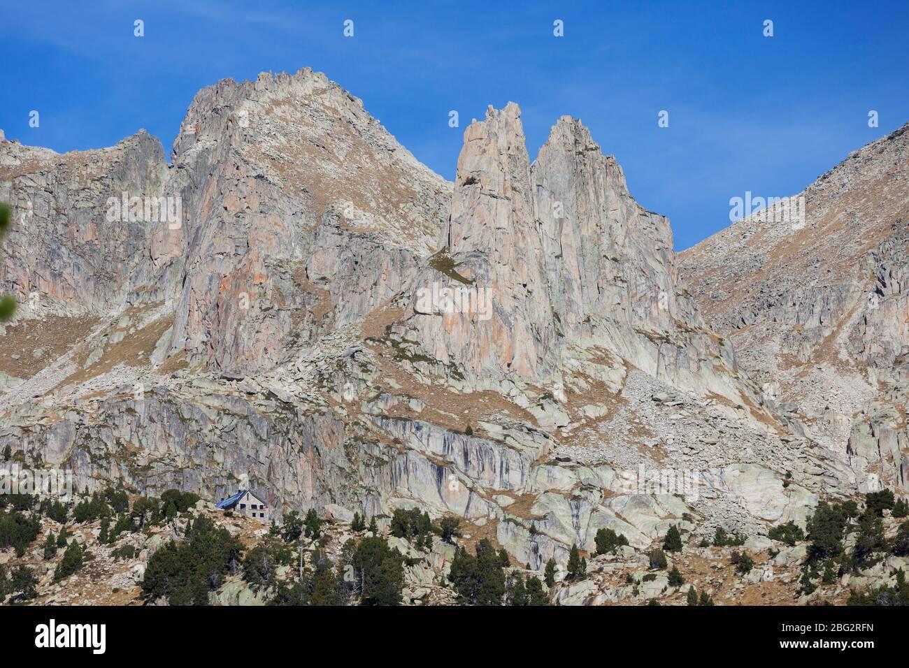 Refuge Refugi d'Amitges / Amitges. PN d'Aigüestortes i Estany de Sant Maurici. Pyrénées, Catalogne S(pain, Europe) Banque D'Images