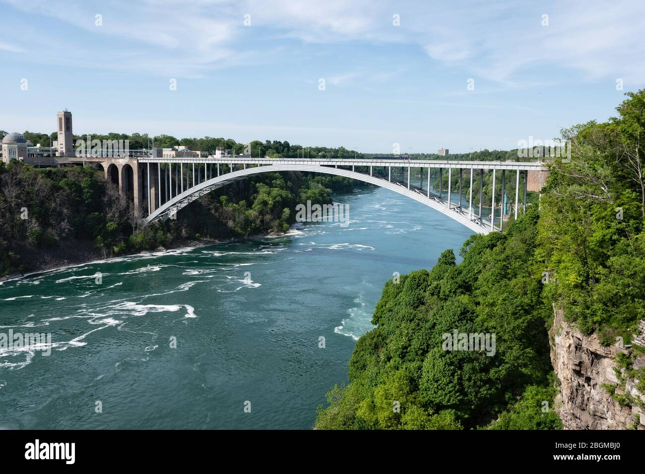 Pont Rainbow à Niagara Falls, aux États-Unis et à la frontière du Canada Banque D'Images