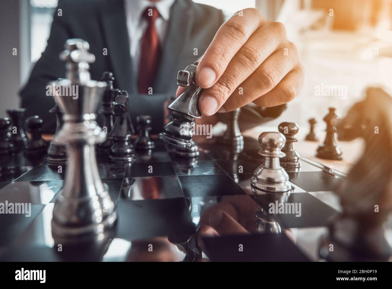 concept de jeu de tableau d'échecs pour les idées et la concurrence et la stratégie, concept de succès d'affaires. Banque D'Images