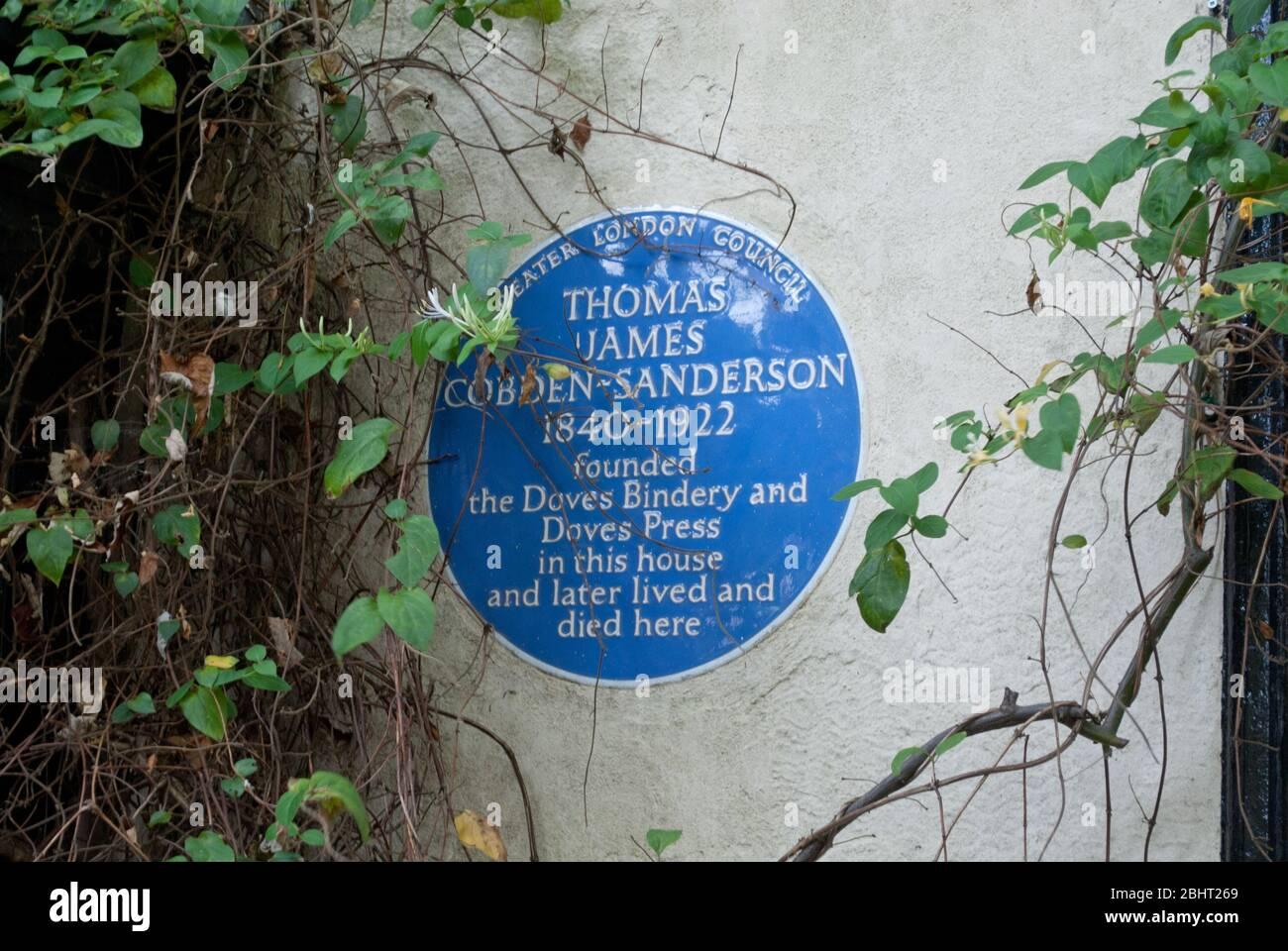 The Doves Press Bindery Emery Walker Kelmscott Press Arts & Crafts plaque commémorative en pierre Hammersmith Terrace, Hammersmith, Londres W4 2PF Banque D'Images