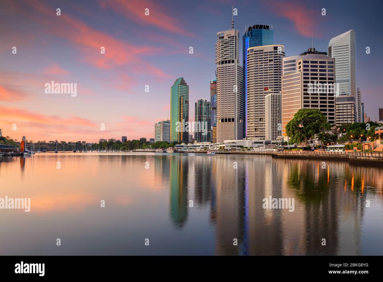 Brisbane. Image de paysage urbain de Brisbane au lever du soleil en Australie. Banque D'Images