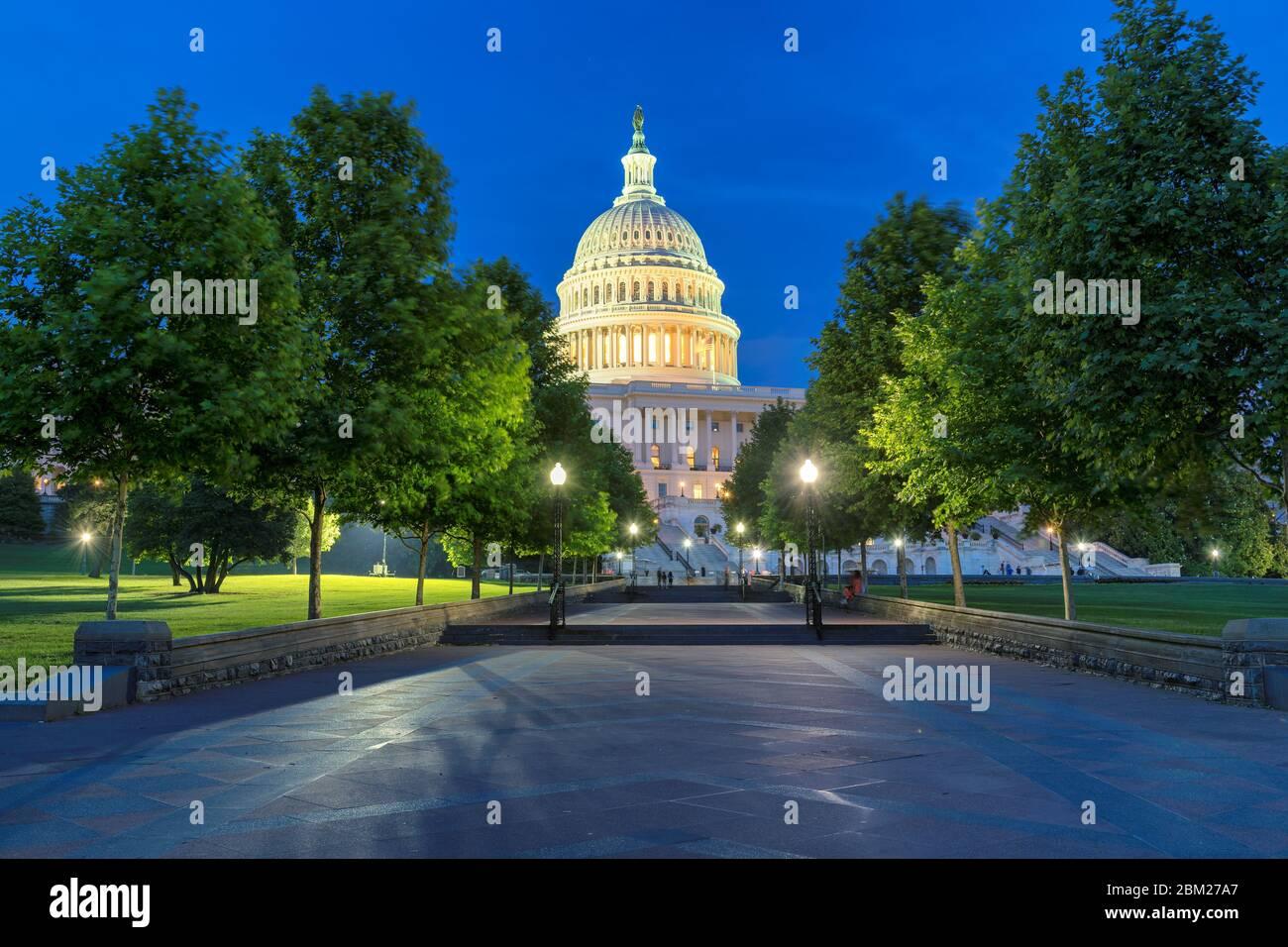 Bâtiment DU Capitole DES ÉTATS-UNIS la nuit, Washington DC Banque D'Images