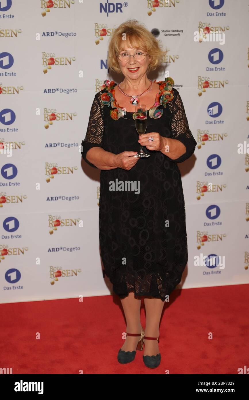 Madeleine Lierck-Vienne,3000 épisodes Roses rouges,Castanea Forum,Lüneburg,10.08.2019 Banque D'Images