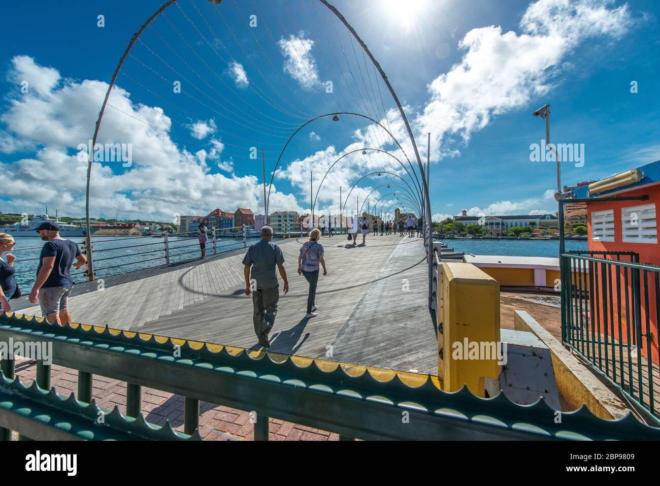 Emma Bridge à Willemstadt sur Curaçao Banque D'Images