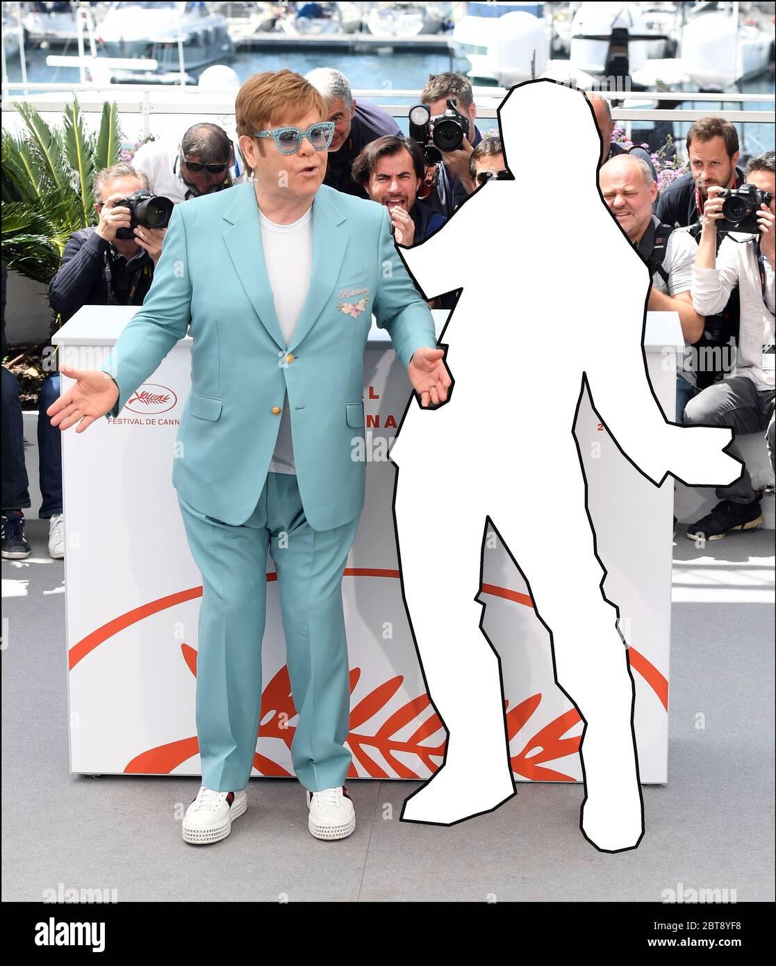QUIZ SUR L'IMAGE : pouvez-vous deviner quel acteur a été retiré de cette photo à côté de « Rocketman », Elton John ? Avec: Elton John, Taron Egerton où: Cannes, Royaume-Uni quand: 16 mai 2019 crédit: WENN.com Banque D'Images