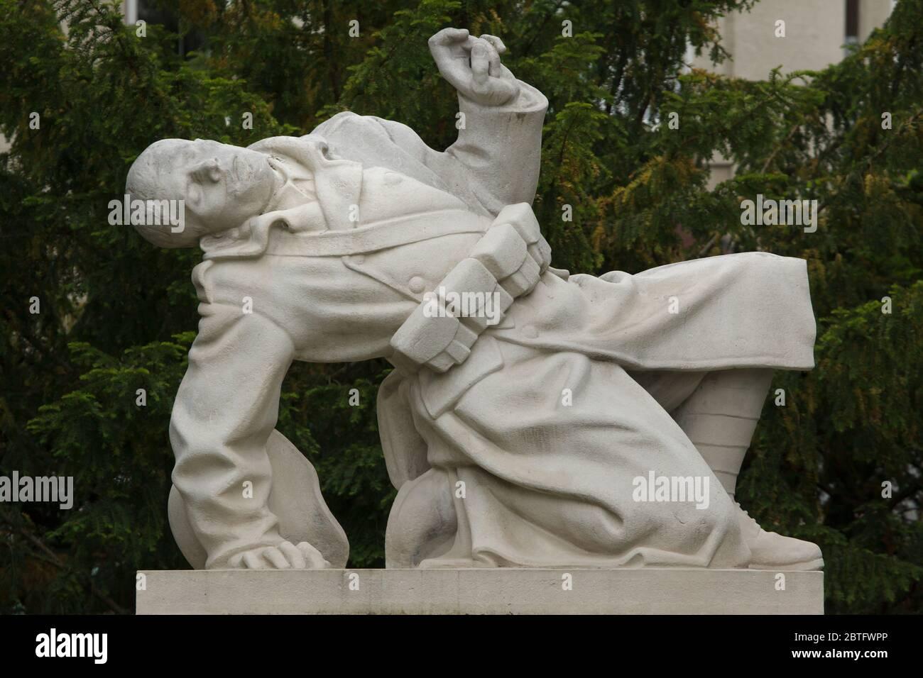 Mémorial des morts de la première Guerre mondiale dans le quartier de Střešovice à Prague, République tchèque. Le mémorial conçu par le sculpteur tchèque Josef Franěk (1929) est consacré aux habitants du quartier Střešovice tombés pendant la première Guerre mondiale. Banque D'Images