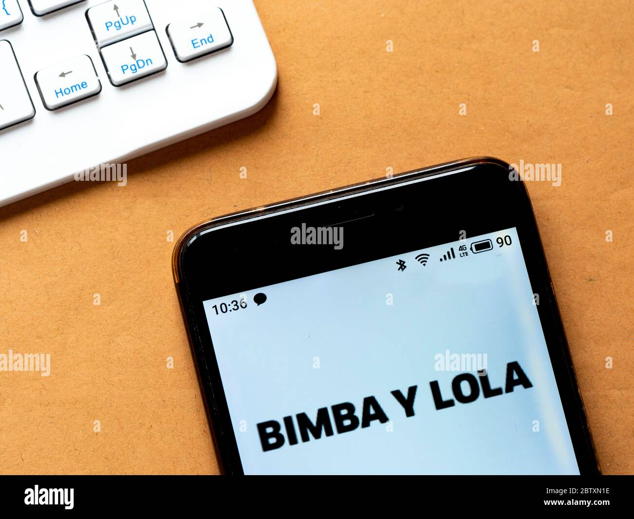 Ukraine. 28 mai 2020. Sur cette photo, un logo Bimba y Lola apparaît sur un smartphone. Crédit: Igor Golovniov/SOPA Images/ZUMA Wire/Alamy Live News Banque D'Images