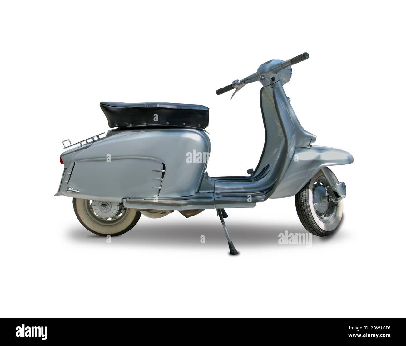 Scooter italien classique isolé sur blanc Banque D'Images