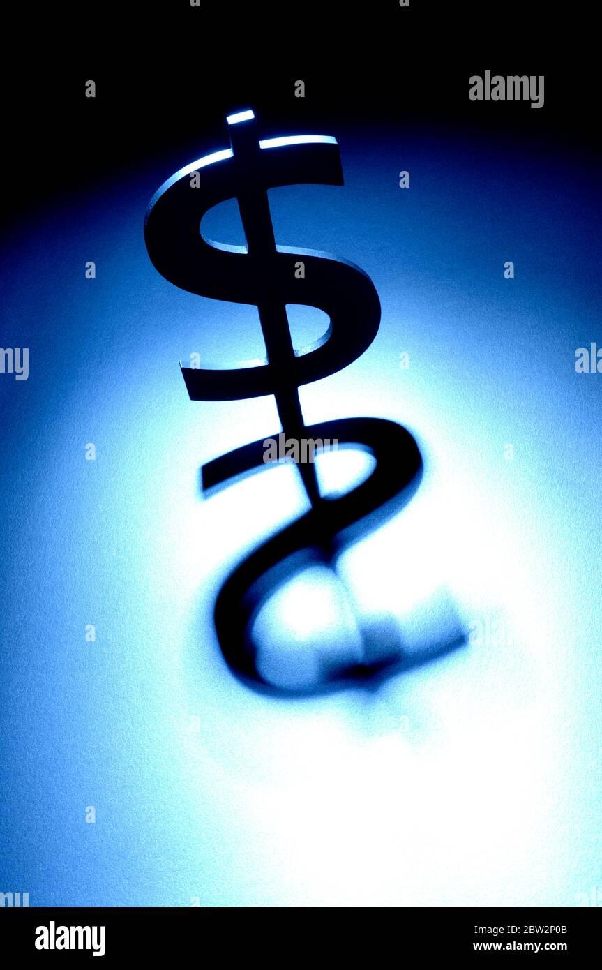 Un symbole dollar avec une ombre Banque D'Images