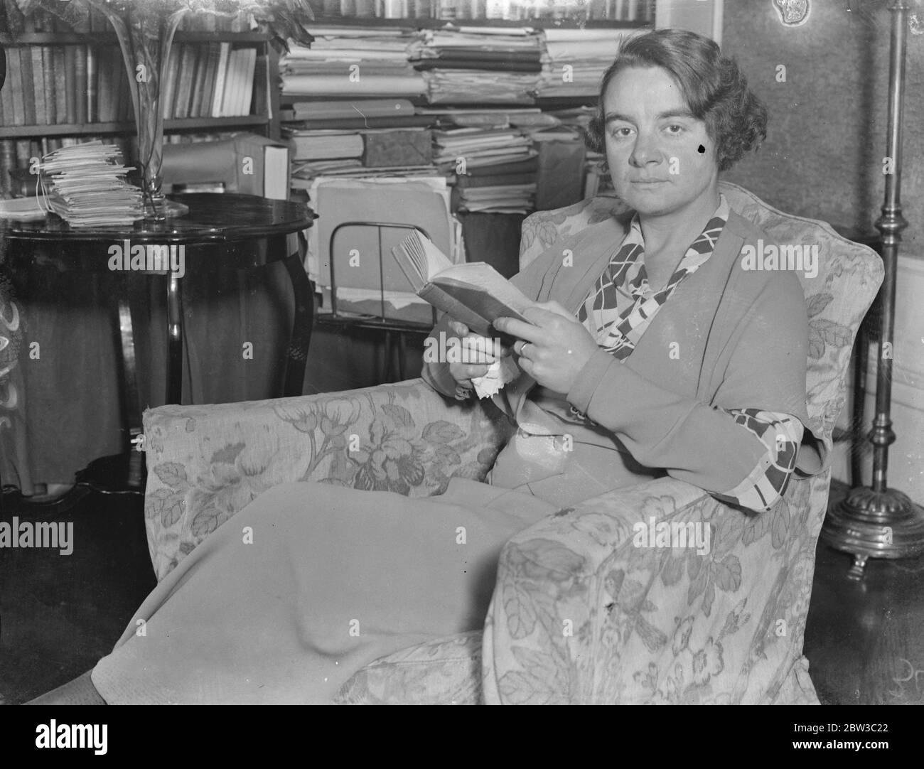 Mme I M Bolton , première femme responsable électricité de Londres . 29 octobre 1934 Banque D'Images