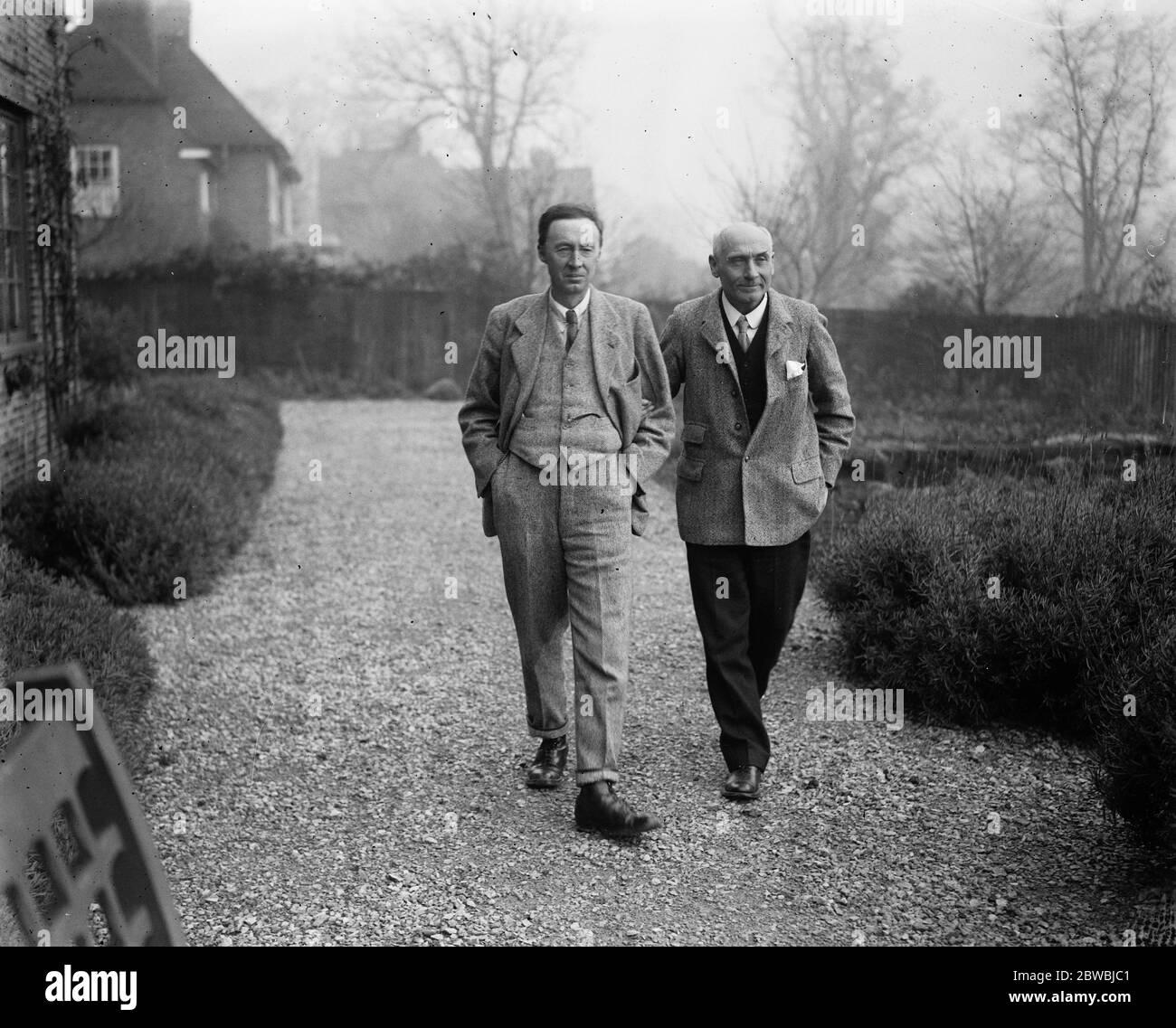 Labors champion de prélèvement de capital à Leicester M. Pethick Lawrence , le candidat travailliste à leicester avec M. H Peach son hôte 21 novembre 1923 Banque D'Images