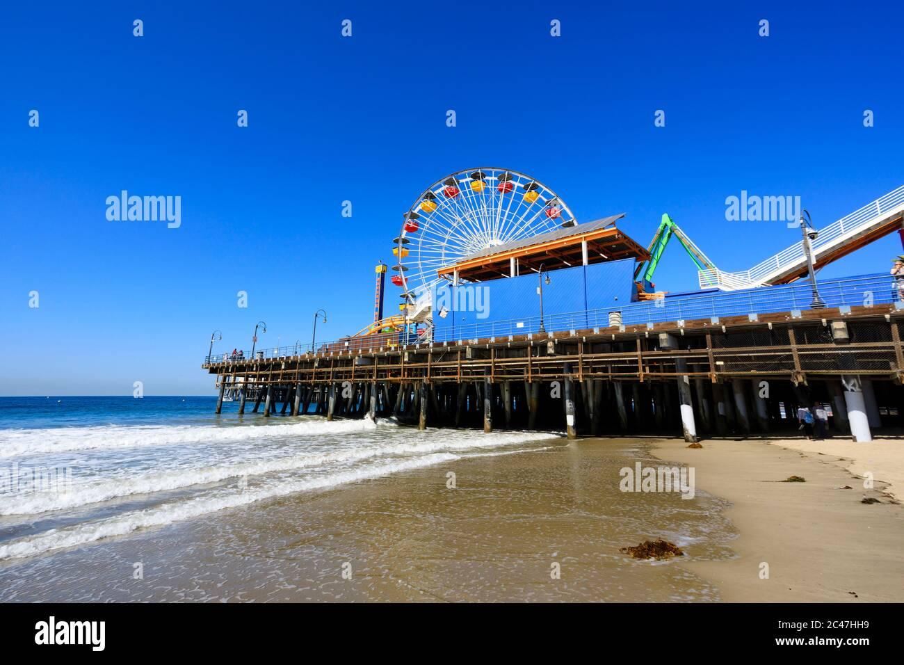 Ocean Park Amurations montagnes russes et roulette sur la jetée. « Santa Monica » Californie États-Unis d'Amérique Banque D'Images