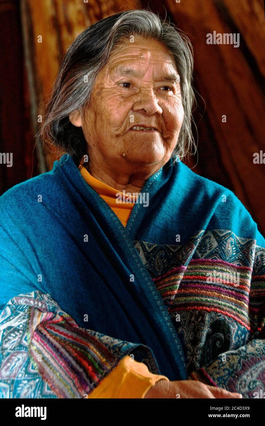 Cristina Calderón, la dernière à bout de sang Yagan, née en 1928 à Puerto Williams, au Chili Banque D'Images