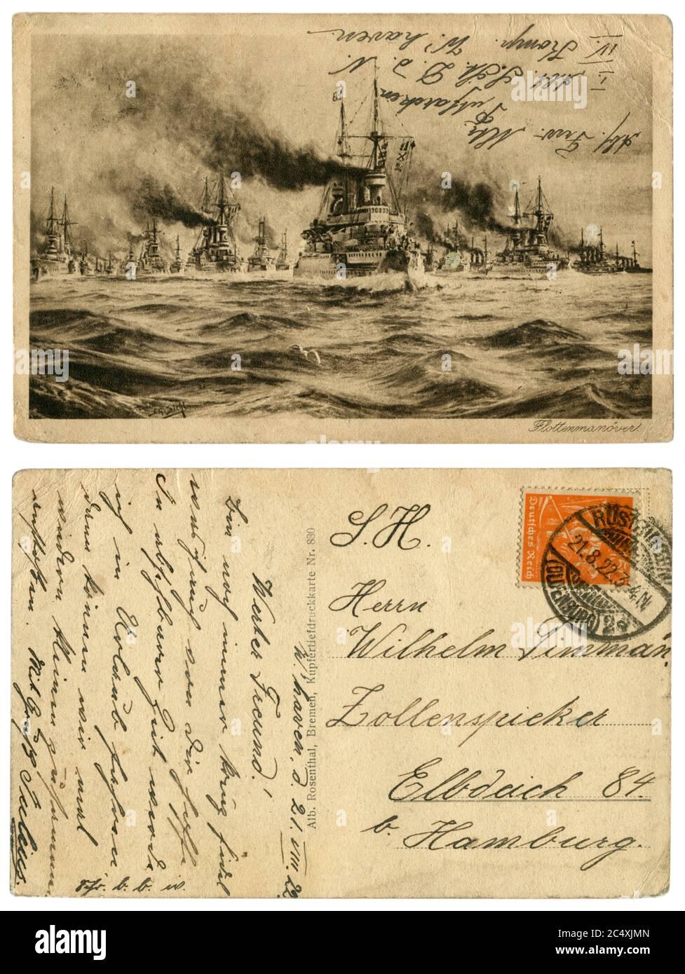 Carte postale historique allemande : manœuvres de la Marine impériale allemande, une armada de navires de guerre dans la campagne. Inscription manuscrite. Empire allemand, 1922 Banque D'Images