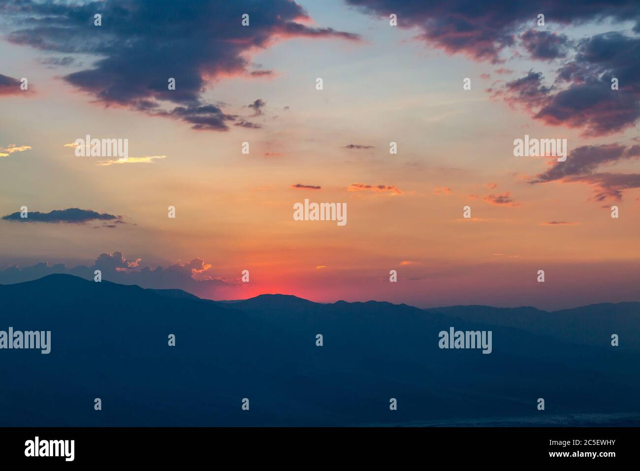 Coucher de soleil sur la Vallée de la mort, vue depuis Dante's View Banque D'Images