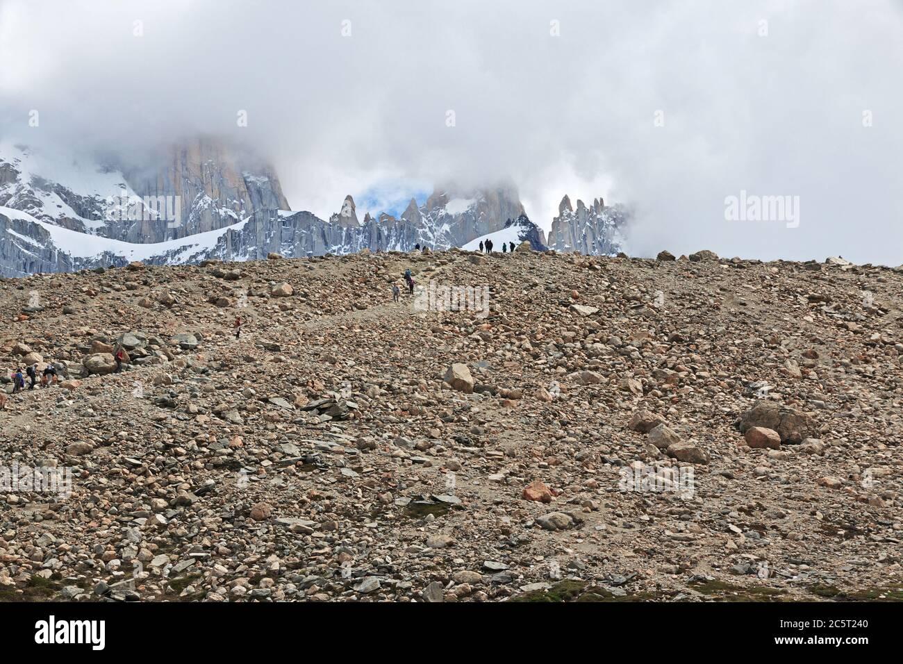 Trekking à Fitz Roy, El Chalten, Patagonie, Argentine Banque D'Images