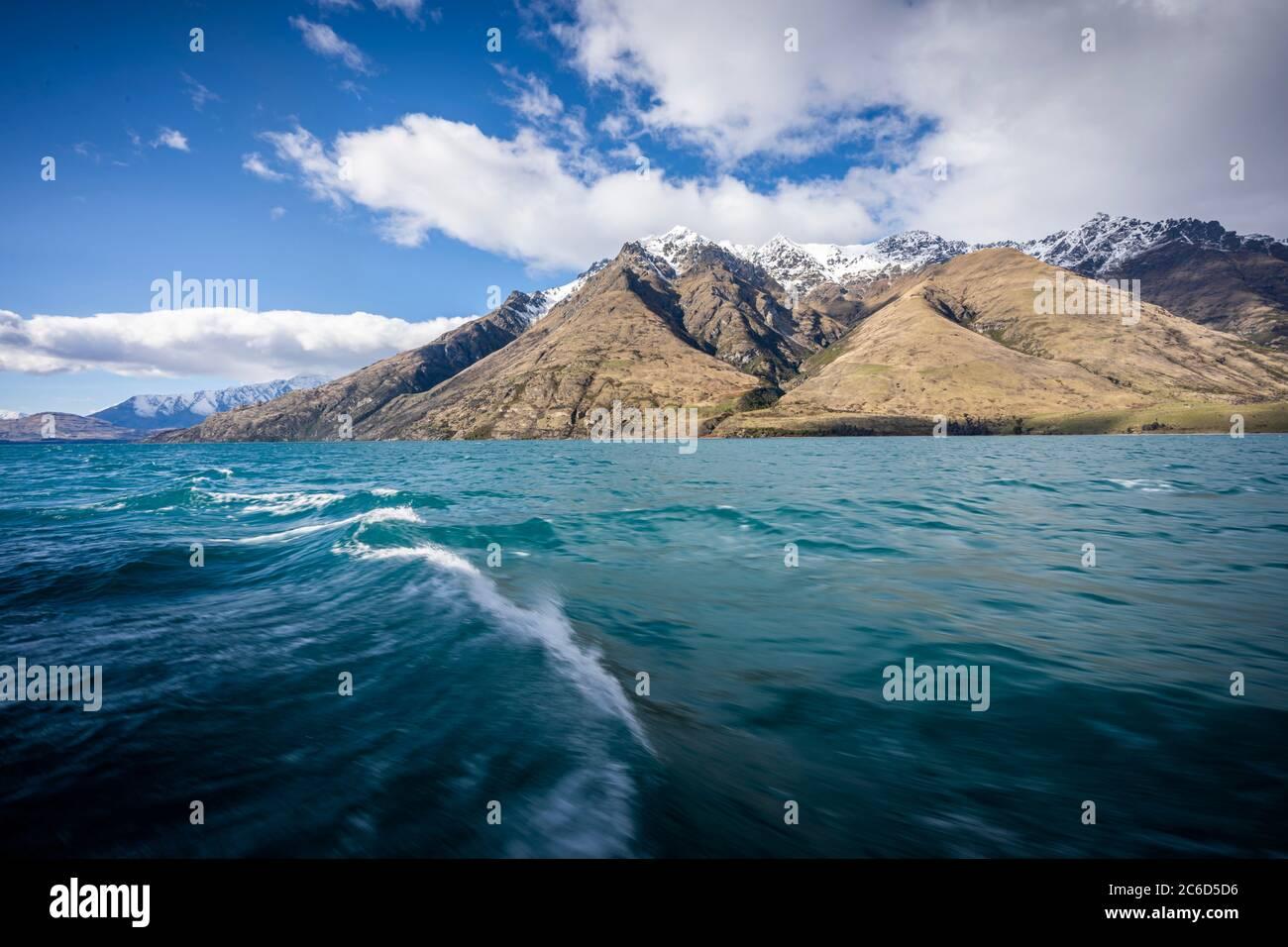 Vue panoramique sur le lac Wakatipu, Queenstown, Nouvelle-Zélande Banque D'Images