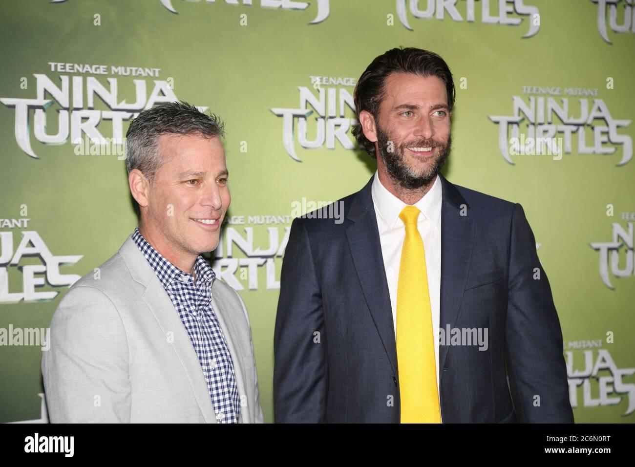 Les producteurs Brad Fuller et Andrew Form arrivent sur le tapis vert pour la projection d'événements spéciaux au cinéma Hoyts, au quartier des divertissements, sur le chemin Lang Banque D'Images