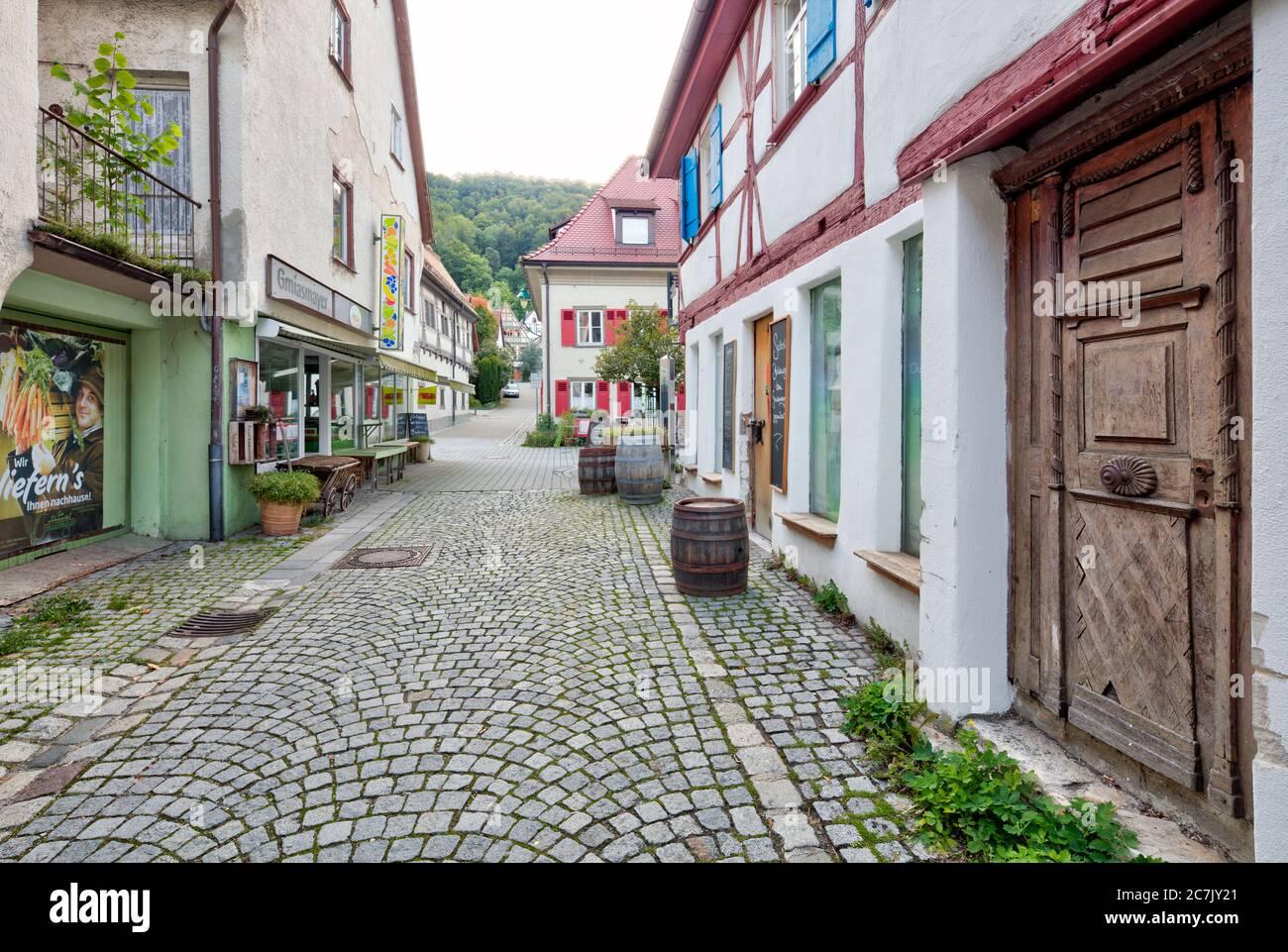 Allée pittoresque, façades de maisons, maison à colombages, idylle, Blaubeuren, quartier Alb-Donau, Swabian Alb, Bade-Wurtemberg, Allemagne Banque D'Images