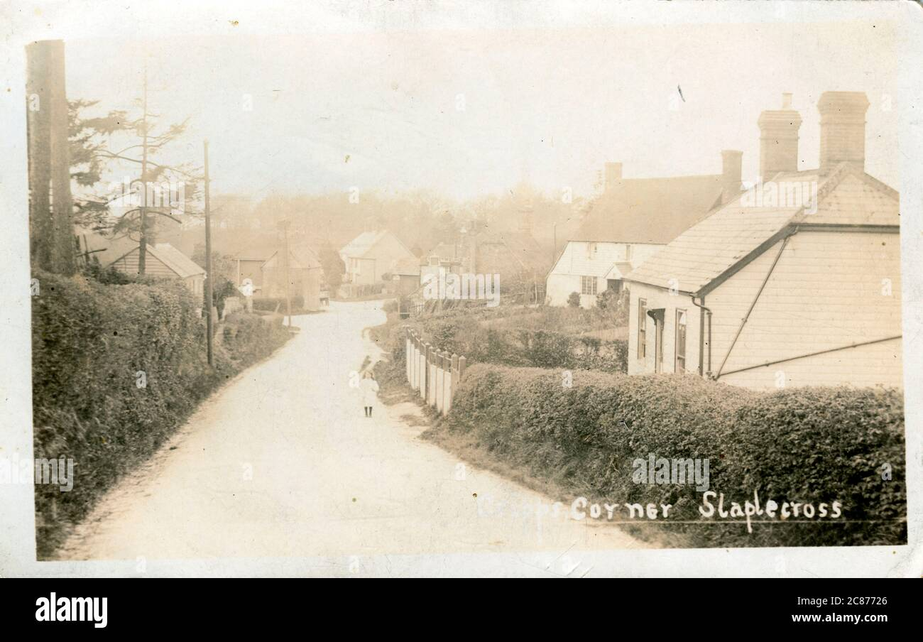 The Village, Staplecross, Robertsbridge, Hastings, Salehurst & Robertsbridge, Sussex, Angleterre. Banque D'Images