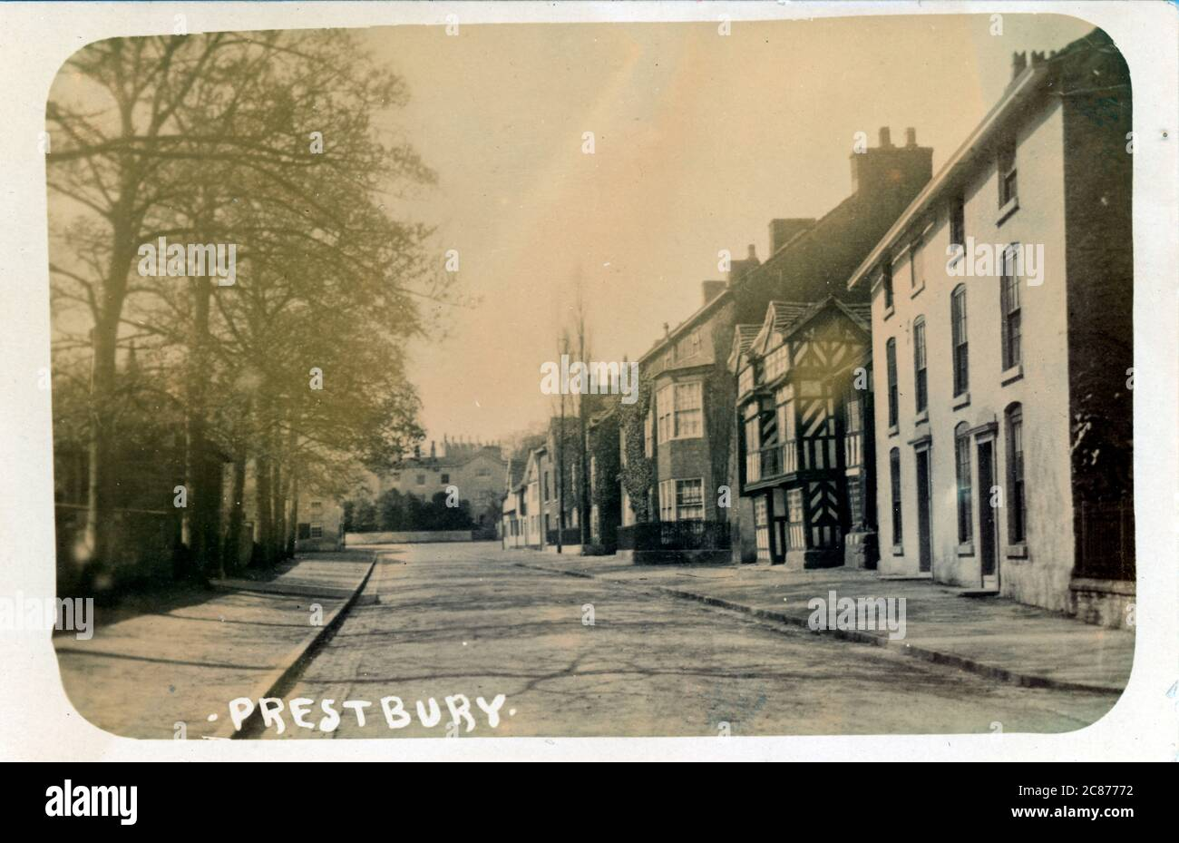 The Village, Prestbury, Macclesfield, Cheshire, Angleterre. Banque D'Images