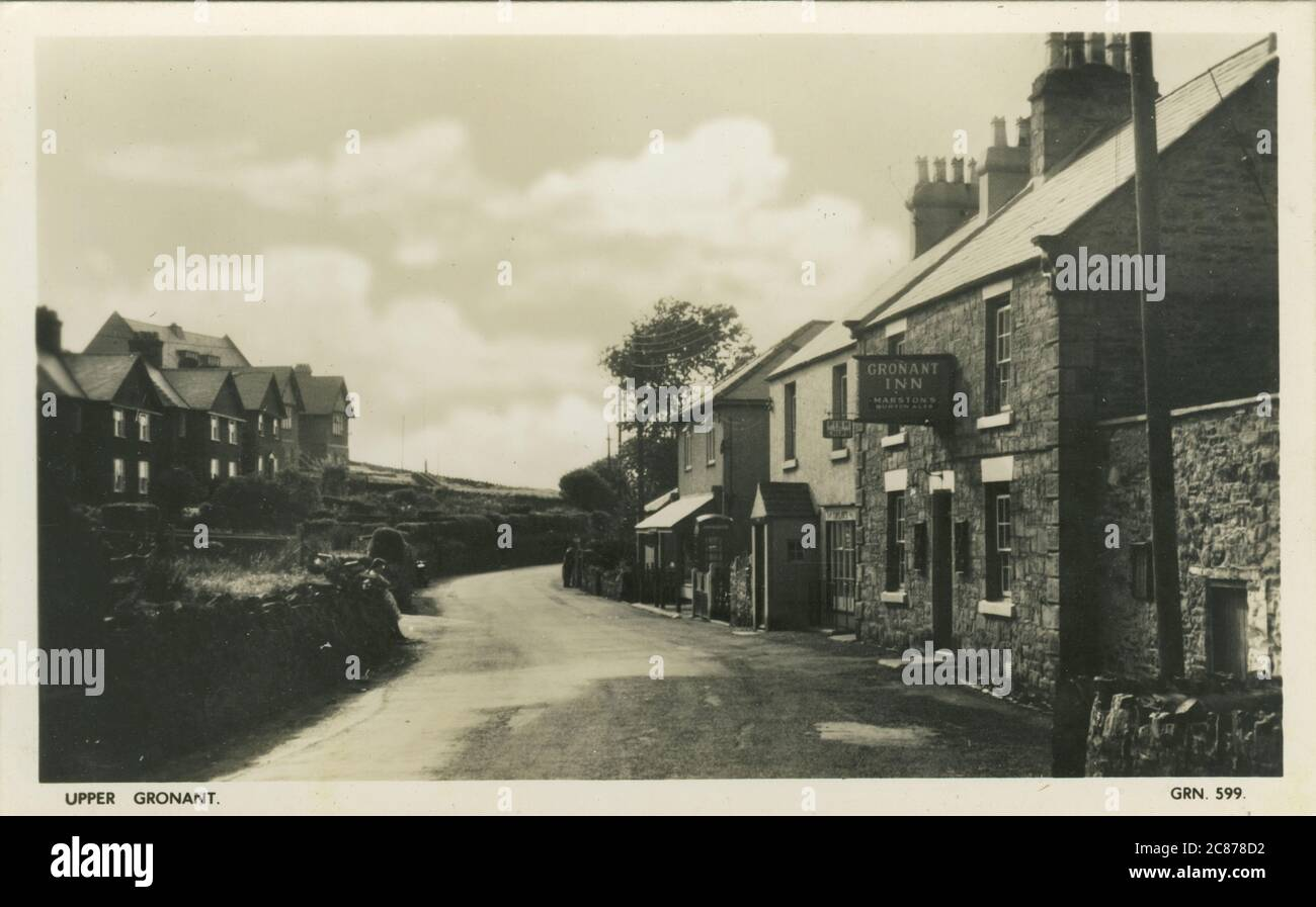 Llansa Raod - (avec Gronant Inn & Fish & Chip Shop), Upper Gronant, Prestatyn, Flitshire, Angleterre. Banque D'Images