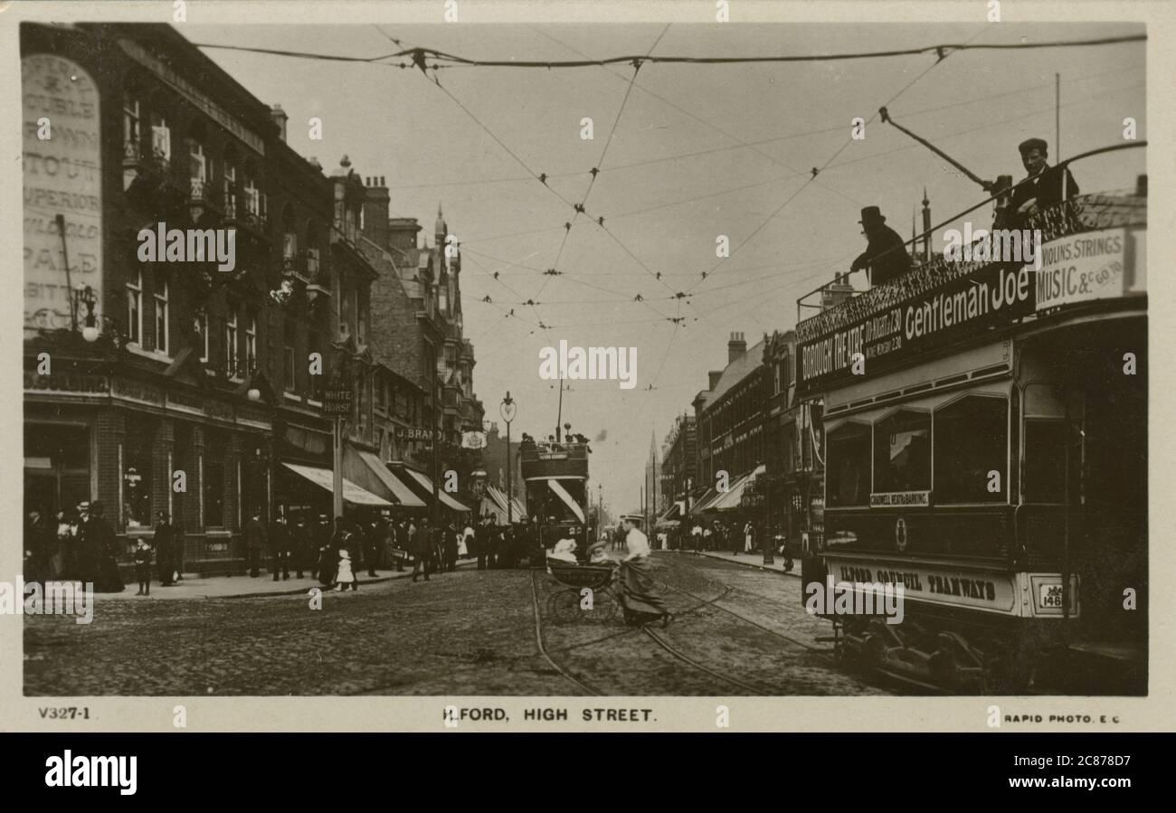 High Street, Ilford, Redbridge, Londres, Angleterre. Banque D'Images