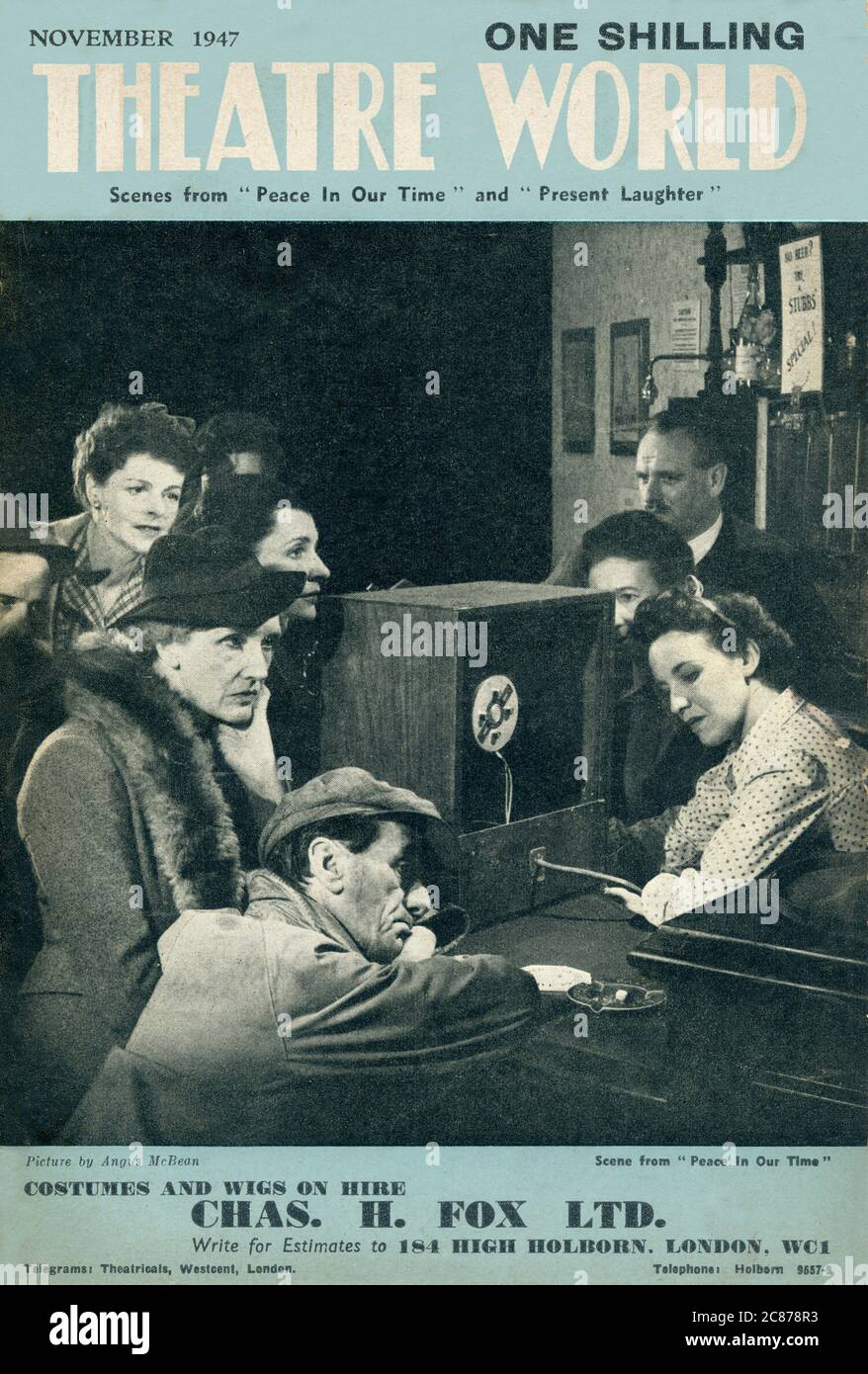 Couverture du magazine Theatre World présentant une scène de Peace in Our, le Noel Coward joue au théâtre Aldwych. Une autre pièce de Coward, aujourd'hui Laughter, était en train d'être ravivé au Haymarket Theatre en même temps. Date: 1947 Banque D'Images